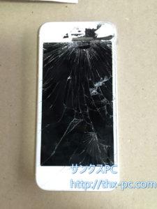 iphone5 液晶も割れて正常に表示されません。